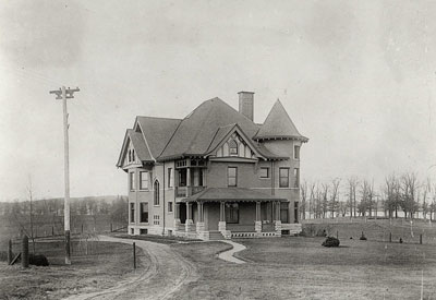 Black and White Photo of Dean's Residence Before Garden